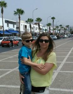 Ulice Agadiru, Na placu przed Meczetem