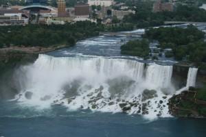12 widok wodospadu usa ze strony kanadyjskiej